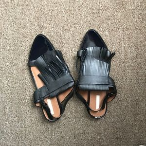 Boho Black pointy sandals! Size 8.5
